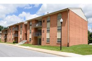 Apartments for Rent at 1 Millpaint Ln, Owings Mills, MD, 21117 ...