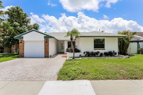 Photo of 14730 Ashland Pl, Davie, FL 33325