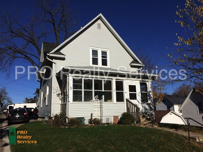 626 Grace St, Red Wing, MN 55066
