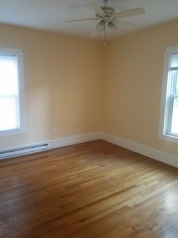 Photo of 20 Woodbine St, Worcester, MA 01603
