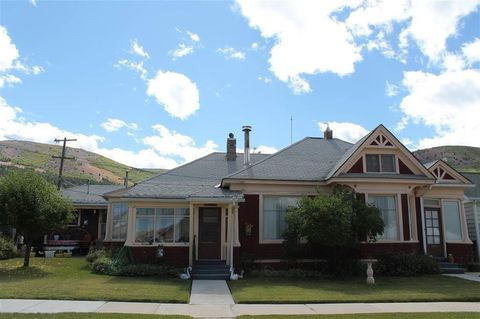 Photo of 215 W 5th St, Anaconda, MT 59711
