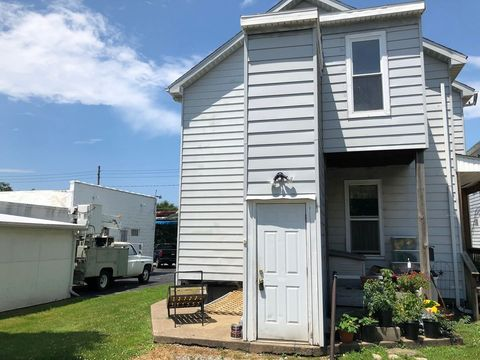 821 W 26th St, Erie, PA 16508