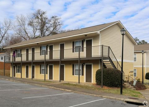 Photo of 425 Opelika Rd, Auburn, AL 36830