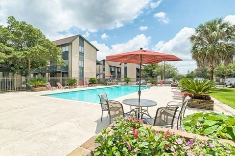 Photo of 515 Gardere Ln, Baton Rouge, LA 70820