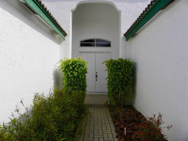 2530 montclaire cir  weston  fl 33327 home for rent homes for rent in 33326 town homes for rent 33326