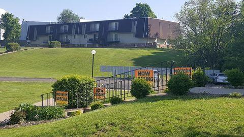 Photo of 6516 University St N, Peoria, IL 61614