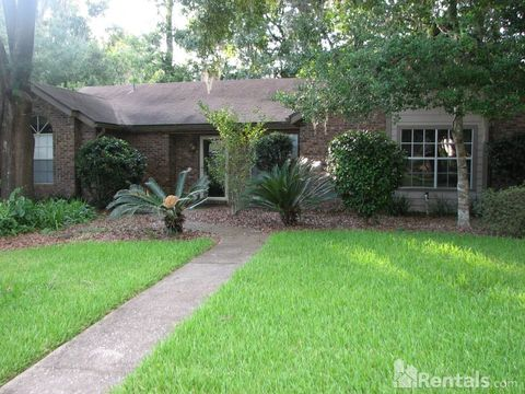 3606 Nw 54th Ln, Gainesville, FL 32653