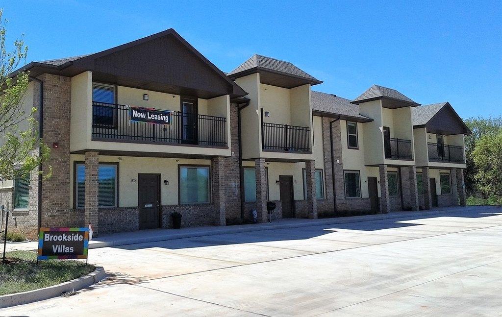 Brookside Villas 620 Nw 178th St Apartment For Rent Doorstepscom