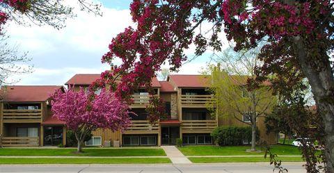 1621 Pinehurst Dr Ne, Cedar Rapids, IA 52402