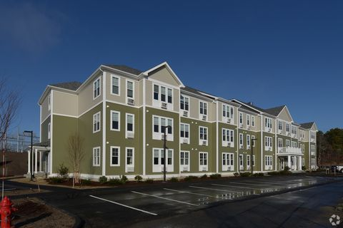 767 Independence Dr, Hyannis, MA 02601