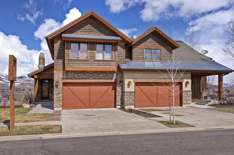 Photo of 1242 W Stillwater Dr, Heber, UT 84032