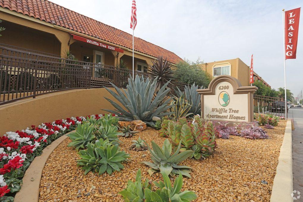 6200 Edinger Ave, Huntington Beach, CA 92647
