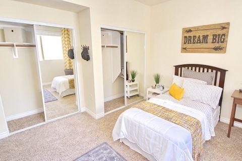 14625 Magnolia Blvd, Los Angeles, CA 91403