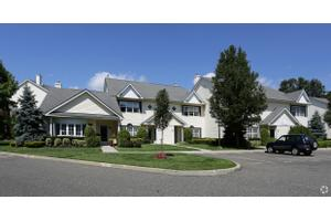 Luxury Apartments For Rent in Medford NY - Move.com Luxury ...