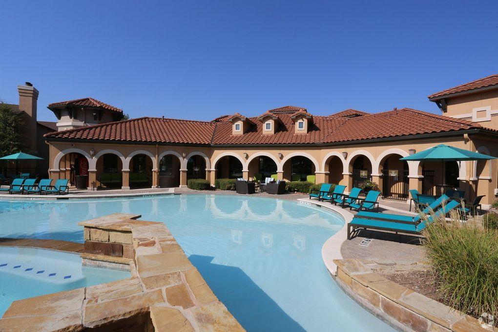 20614 Stone Oak Pkwy, San Antonio, TX 78258