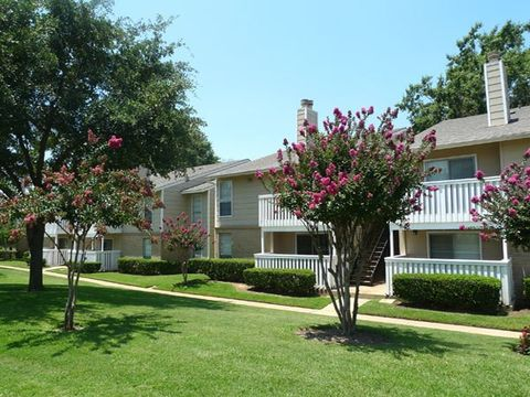 1717 Shiloh Rd, Tyler, TX 75703. Apartment For Rent