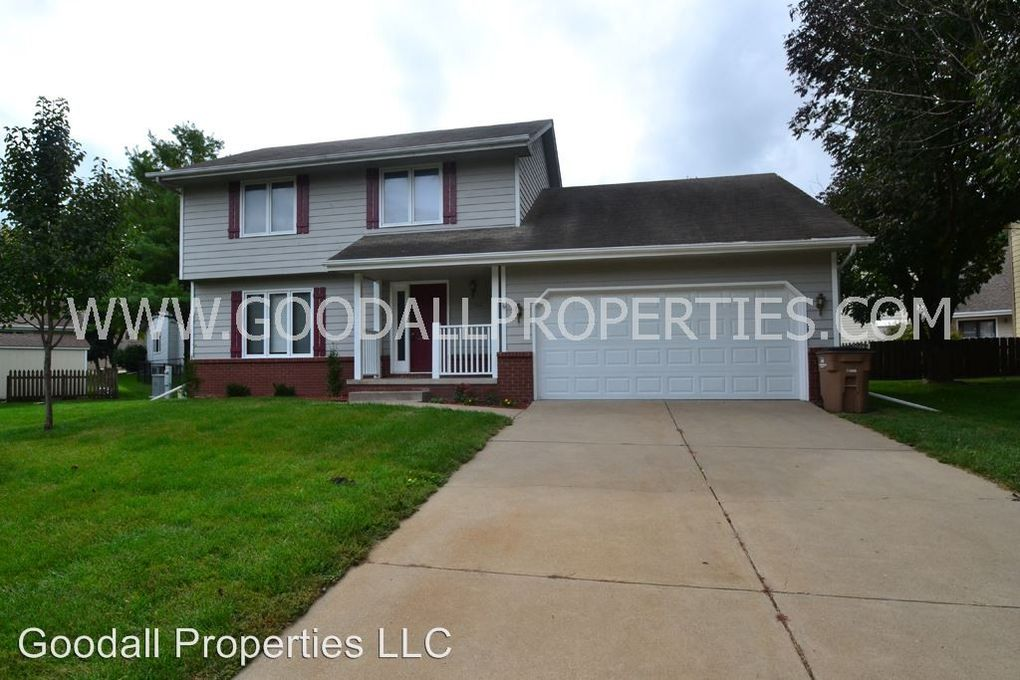 1104 prairie view dr west des moines ia 50266 home for rent