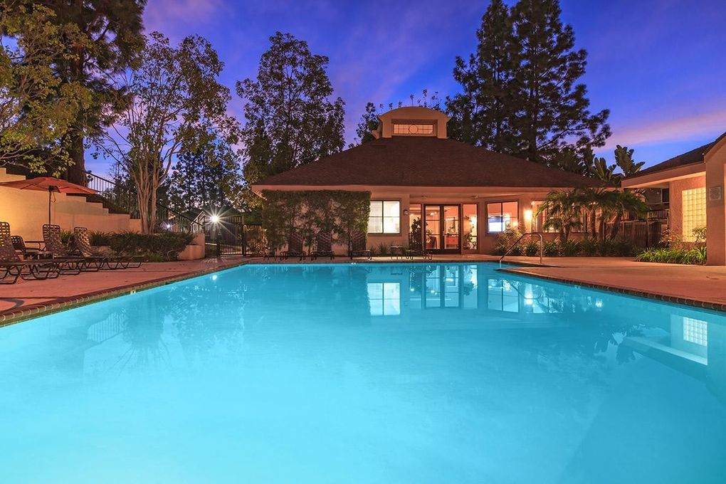 26571 normandale dr lake forest ca 92630