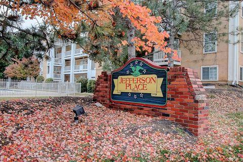 Photo of 11540 Holiday Dr, Kansas City, MO 64134