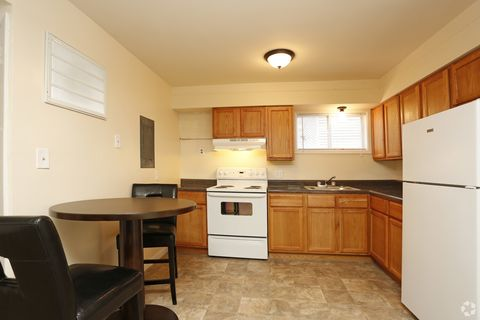 Stone Creek Urbana Il Apartments For Rent Realtorcom