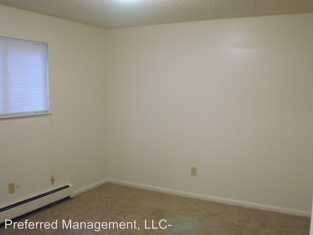 4600 01 11 12 Hilltop Ave  Cheyenne  WY 82009. 202 Country West Rd Unit D  Cheyenne  WY 82007   Home for Rent