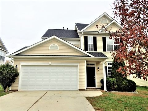 Photo of 7430 Sparkleberry Dr, Indian Trail, NC 28079