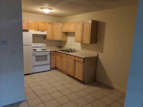 Photo of 2127 Preuss Rd Apt A, Colorado Springs, CO 80910