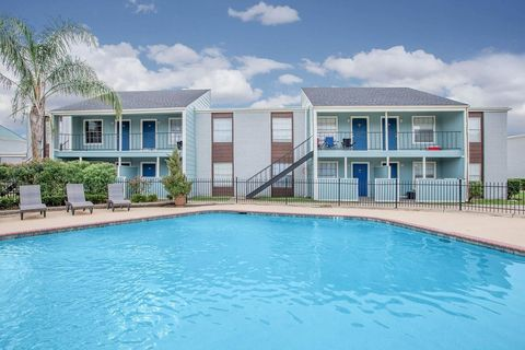 Bay Ridge, League City, TX Apartments for Rent - realtor.com® on map of johnston ri, map of kansas city ks, map of lake havasu city az, map of johnson city tn, map of king of prussia pa, map of lewiston me, map of las vegas nv, map of lafayette in, map of long beach ms, map of littleton co, map of jersey city nj, map of laurel md, map of lynnwood wa, map of jefferson city mo, parks league city tx, map of lafayette la, map of kenner la, map of kingston ri, map of junction city ks, map of los lunas nm,