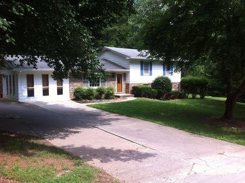 Photo of 319 Happy Hollow Rd, Dahlonega, GA 30533