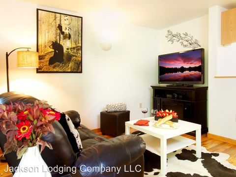 Photo of 350 N Millward St Apt 4, Jackson, WY 83001