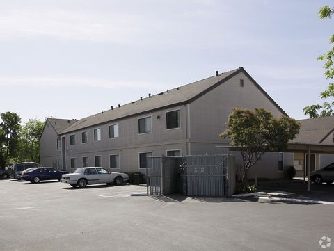 Photo of 260 California St, Woodland, CA 95695