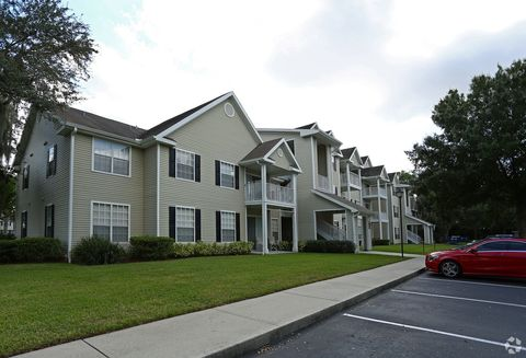 Photo of 2120 Village Park Rd, Plant City, FL 33563
