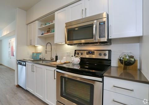 Photo of 4435 35th Ave Sw, Seattle, WA 98126