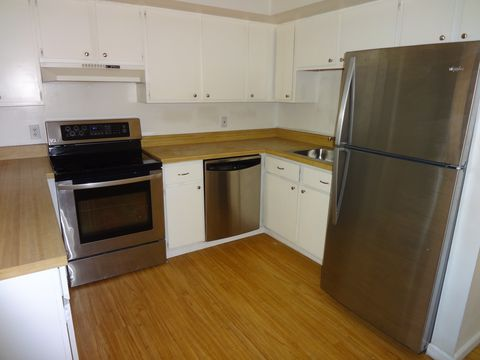 216 W Chester Pike, Ridley Park, PA 19078