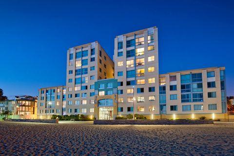 Photo of 1725 Ocean Front Walk, Santa Monica, CA 90401