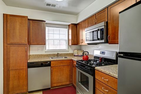 Photo of 410 Baldwin Park Dr, Westminster, MD 21157