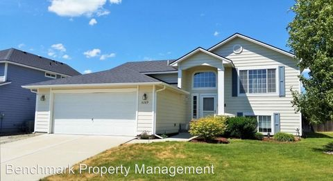 5269 W Citruswood Dr, Post Falls, ID 83854