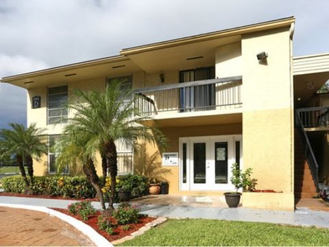 Photo of 5903 Nw 57th Ct, Tamarac, FL 33319