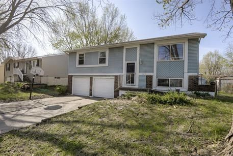 19213 E 5th Street Ct N, Independence, MO 64056