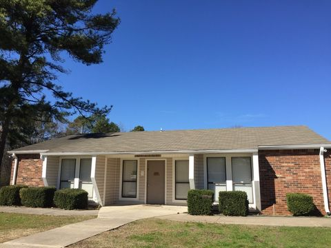 Photo of 4177 Newson Rd Sw, Huntsville, AL 35805
