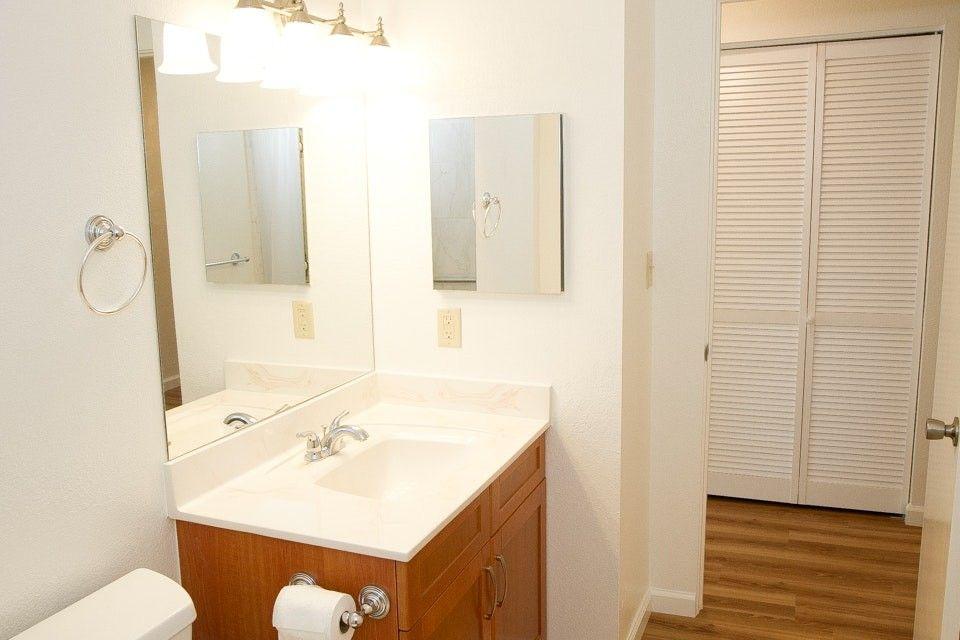 1207 Lunalilo Home Rd, Honolulu, HI 96825