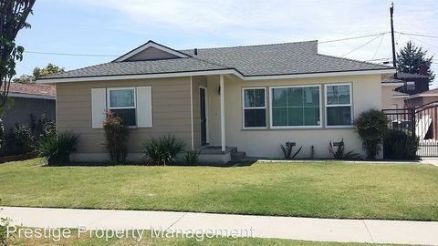 6742 Denmead St, Lakewood, CA 90713