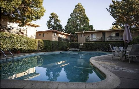 Photo of 410 Buck Ave, Vacaville, CA 95688