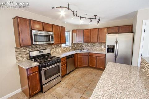 Photo of 109 Ely St # A, Colorado Springs, CO 80911