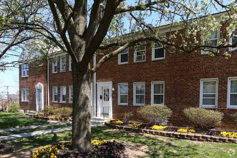 Photo of 5543 Lothian Rd, Baltimore, MD 21212