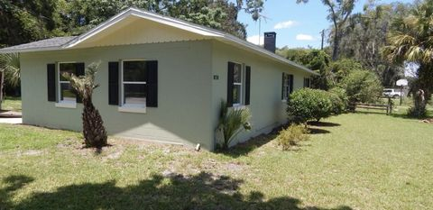 Photo of 870 S Lawrence Blvd, Keystone Heights, FL 32656