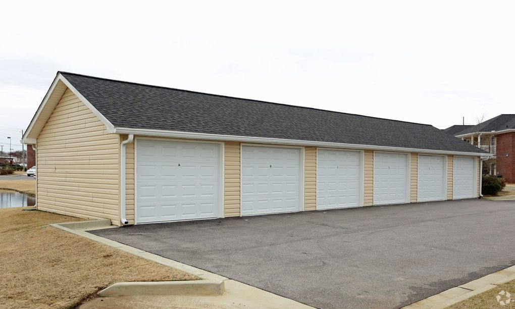 135 Hambleton Rd, Montgomery, AL 36117