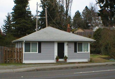 Photo of 1032 Ne 175th St, Shoreline, WA 98155