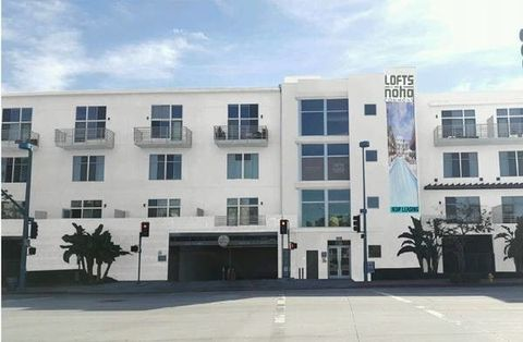 11136 Chandler Blvd, Los Angeles, CA 91601
