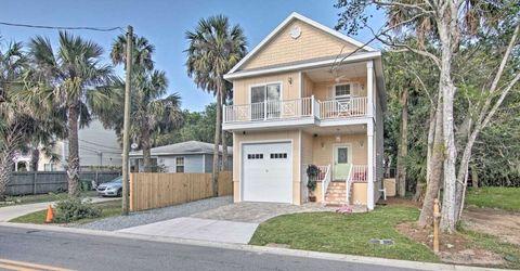 Superior 239 Riberia St, Saint Augustine, FL 32084. House For Rent
